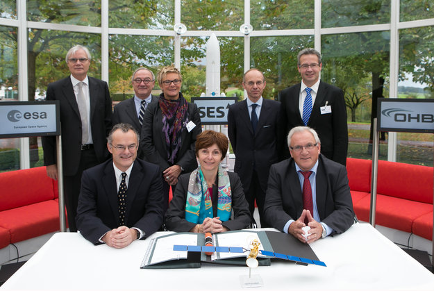 ESA and SES signed the agreement on Tuesday October 15. Photo Credit: SES s.a.
