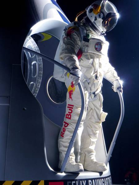 Felix Baumgartner Red Bull Stratos posted on The SpaceFlight Group Insider